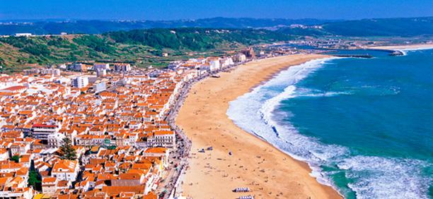 ナザレ旅行・ツアー|ポルトガル...