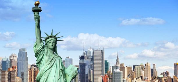 ニューヨークと自由の女神の存在感