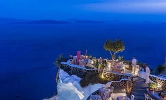 海沿いの絶景レストランでディナー