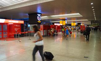 ローマ・テルミニ駅発6時台の特急なら日帰り可能